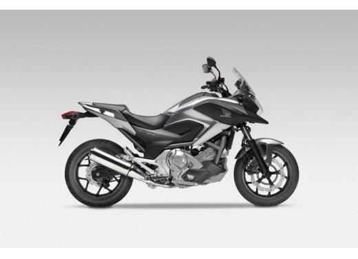 Honda NC 700X, prezzo basso e interessanti contenuti tecnici - Foto 4 di 10