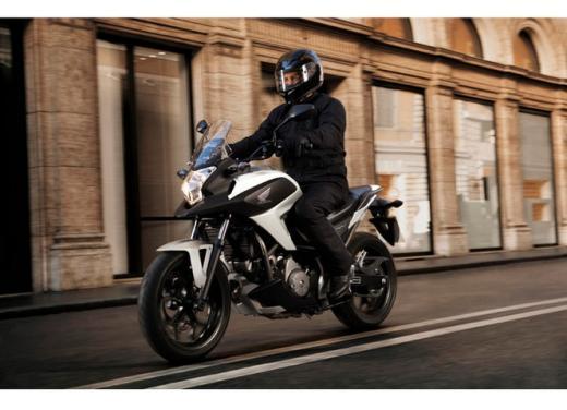 Honda NC 700X, prezzo basso e interessanti contenuti tecnici