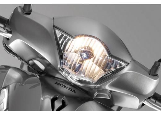 Honda SH 150i ABS, bestseller con consumi record - Foto 5 di 10