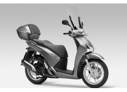 Honda SH 150i ABS, bestseller con consumi record - Foto 3 di 10