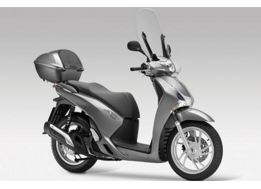 Honda SH 125i con zero interessi o fino al 50% di sconto sull'assicurazione - Foto 3 di 8