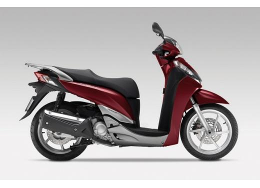 Honda SH 125i con zero interessi o fino al 50% di sconto sull'assicurazione - Foto 2 di 8