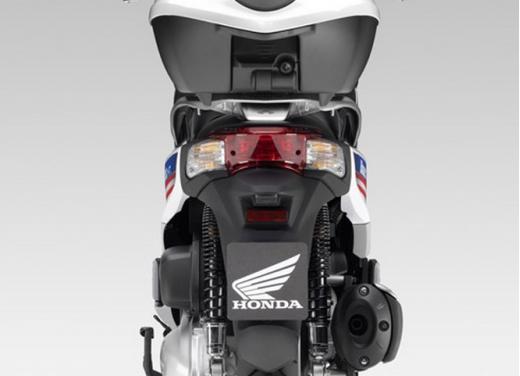 Honda SH300i Blauer HT Limited Edition - Foto 7 di 8