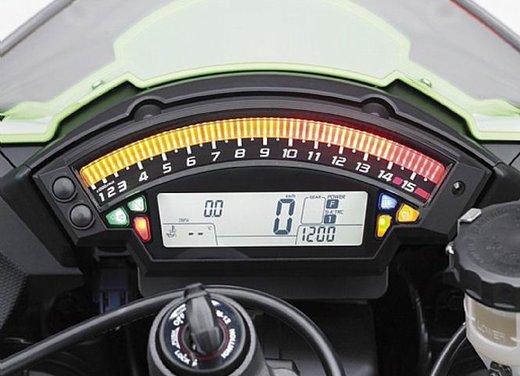 Kawasaki Ninja ZX-10R - Foto 25 di 25