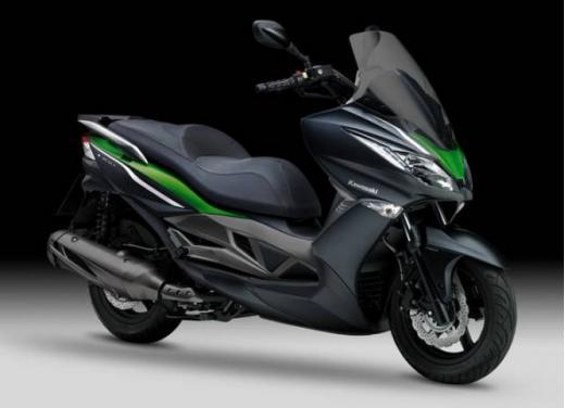 Kawasaki J300 al prezzo base  di 4.730 euro con 4 anni di garanzia e bauletto in omaggio - Foto 3 di 10