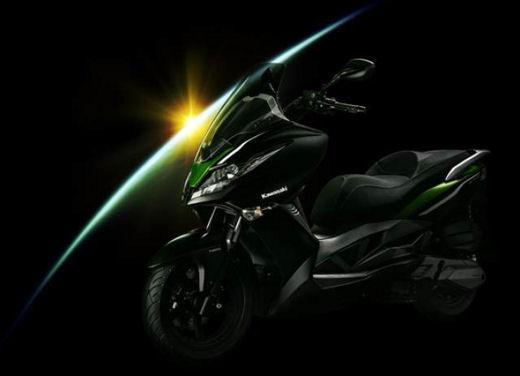 Kawasaki pronta a lanciare il suo primo scooter in Europa - Foto 3 di 4