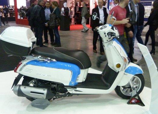 Tutte le novità scooter ad Eicma 2012 - Foto 21 di 25