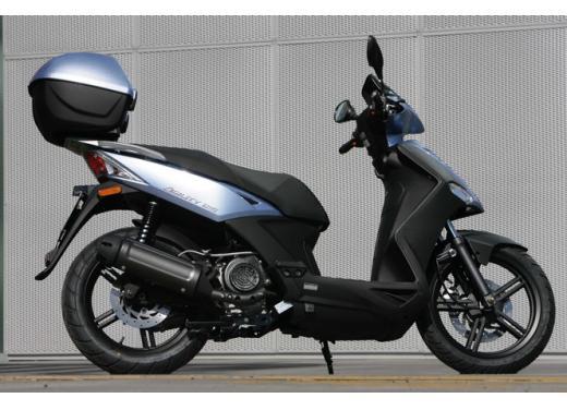 Kymco Agility 125 R16, non chiamatelo scooter low cost - Foto 12 di 28