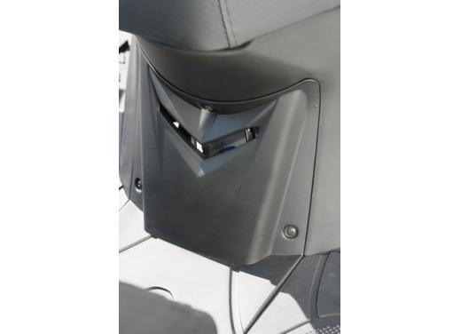 Kymco Agility 125 R16, non chiamatelo scooter low cost - Foto 18 di 28