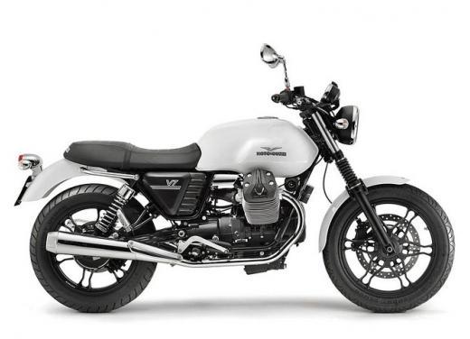 Moto Guzzi V7 supervaluta l'usato, fino a 800 euro di vantaggi - Foto 4 di 5