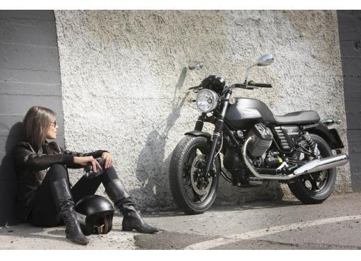 Moto Guzzi V7 supervaluta l'usato, fino a 800 euro di vantaggi - Foto 5 di 5