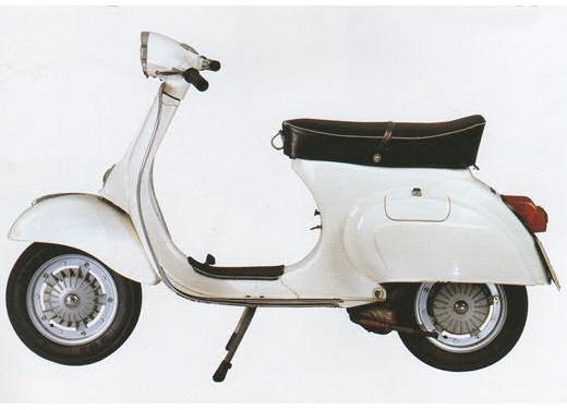 Le novità moto e scooter presenti all'Eicma 2013, dal 5 al 10 novembre - Foto 19 di 21
