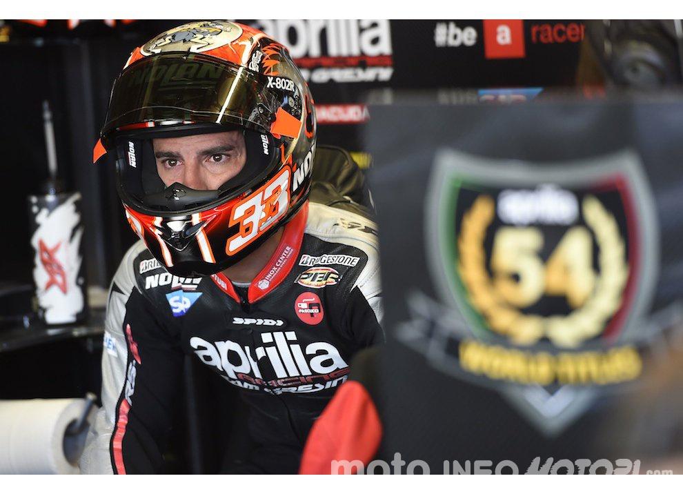 Marco Melandri: in crisi l'accordo con Yamaha per il 2016 in Superbike