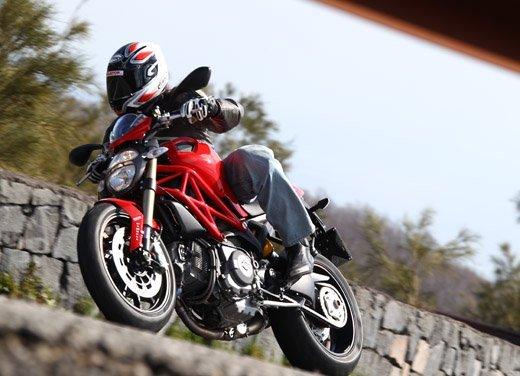 Ducati  Multistrada, 1199 Panigale e Monster: finanziamenti speciali di Ducati Financial Services - Foto 13 di 15