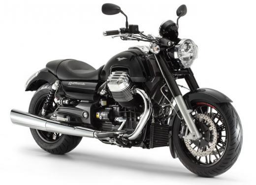 Moto Guzzi California 1400 Custom: Best of the Best Cruiser Motorcycle - Foto 1 di 7