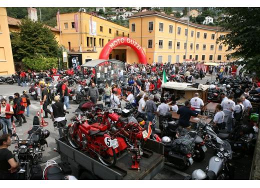 Moto Guzzi, la fabbrica di Mandello del Lario apre agli appassionati - Foto 2 di 5
