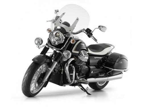Moto Guzzi, la fabbrica di Mandello del Lario apre agli appassionati - Foto 1 di 5