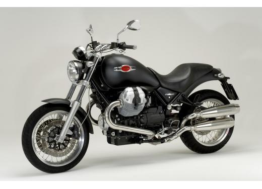 Moto Guzzi: promozioni per i modelli V7, Nevada e Stelvio - Foto 4 di 11