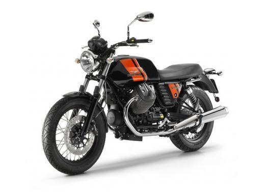 Moto Guzzi: promozioni per i modelli V7, Nevada e Stelvio - Foto 8 di 11