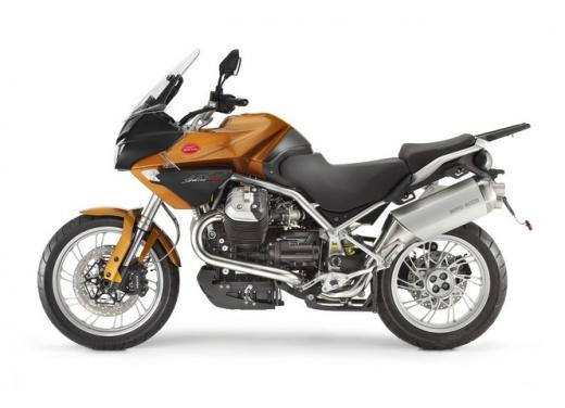 Moto Guzzi: promozioni per i modelli V7, Nevada e Stelvio - Foto 3 di 11