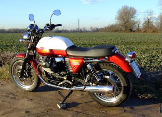 Moto Guzzi V7 Special: prova su strada - Foto 2 di 33