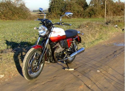 Moto Guzzi V7 Special: prova su strada - Foto 5 di 33