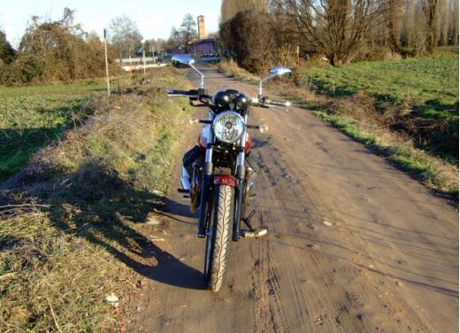 Moto Guzzi V7 Special: prova su strada - Foto 6 di 33