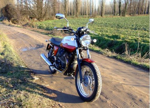 Moto Guzzi V7 Special: prova su strada - Foto 7 di 33