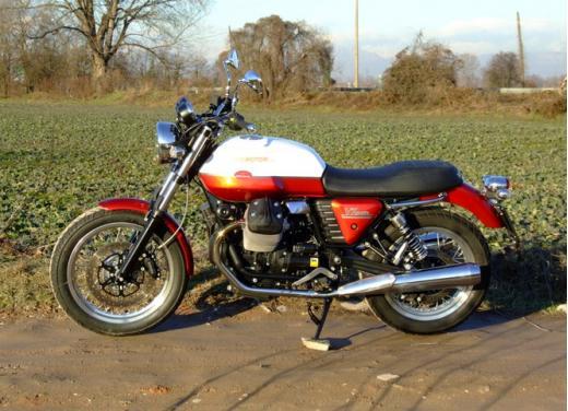 Moto Guzzi V7 Special: prova su strada - Foto 8 di 33