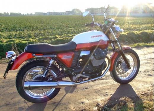 Moto Guzzi V7 Special: prova su strada - Foto 13 di 33