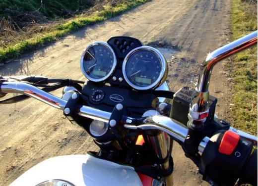 Moto Guzzi V7 Special: prova su strada - Foto 19 di 33