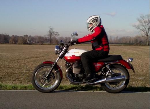Moto Guzzi V7 Special: prova su strada - Foto 23 di 33