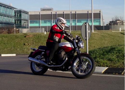 Moto Guzzi V7 Special: prova su strada