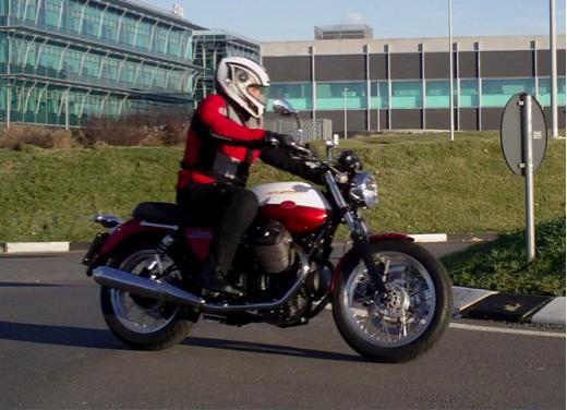 Moto Guzzi V7 Special: prova su strada - Foto 30 di 33