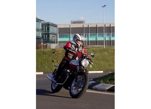 Moto Guzzi V7 Special: prova su strada - Foto 31 di 33