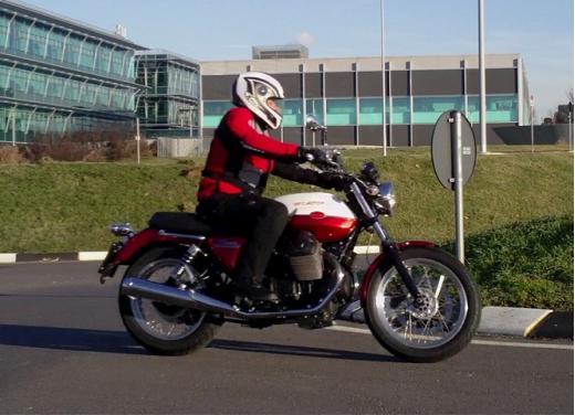 Moto Guzzi V7 Special: prova su strada - Foto 32 di 33