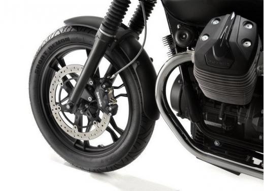 Moto Guzzi V7 Stone - Foto 10 di 10