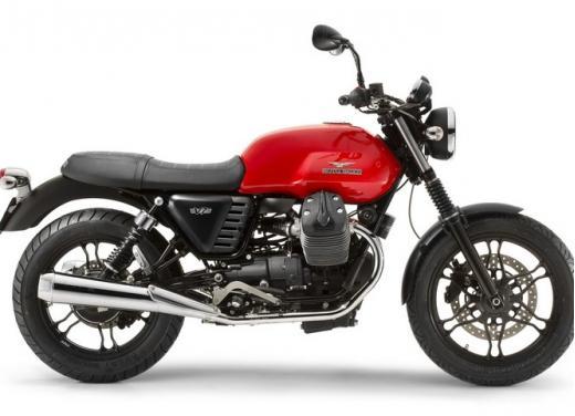 Moto Guzzi V7 Stone - Foto 2 di 10