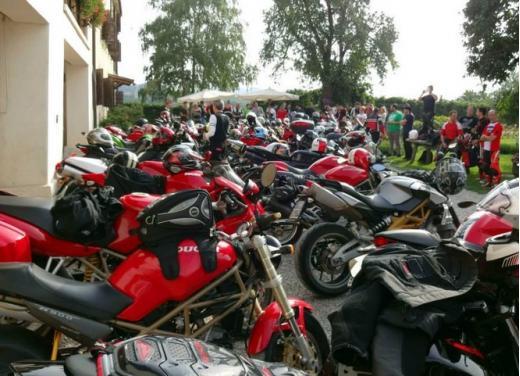 Motoclub Pompone, il club della moto italiana - Foto 2 di 13