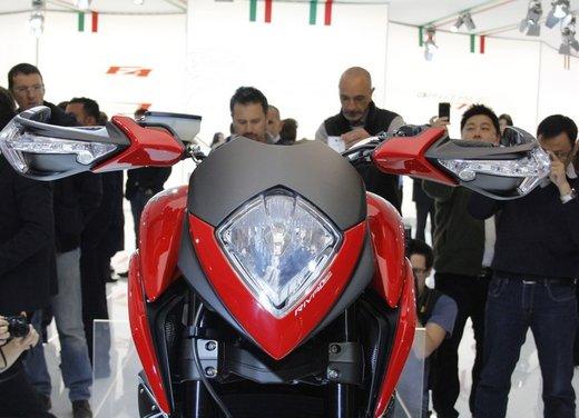 MV Agusta Rivale 800 la moto più bella di Eicma 2012 - Foto 15 di 23