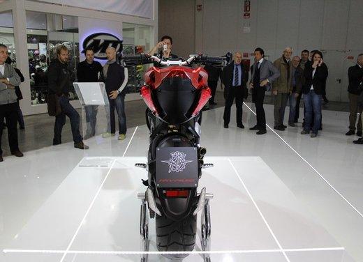 MV Agusta Rivale 800 la moto più bella di Eicma 2012 - Foto 6 di 23