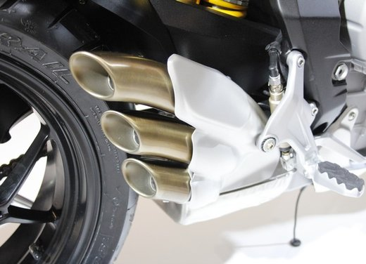 MV Agusta Rivale 800 la moto più bella di Eicma 2012 - Foto 8 di 23