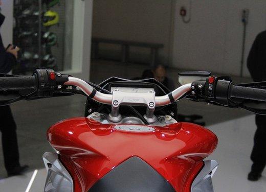 MV Agusta Rivale 800 la moto più bella di Eicma 2012 - Foto 10 di 23