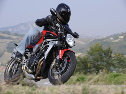 MV Agusta Brutale 1090 RR – Long Test Ride - Foto 3 di 8