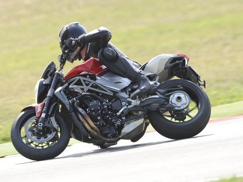 MV Agusta Brutale 1090 RR – Long Test Ride - Foto 1 di 8