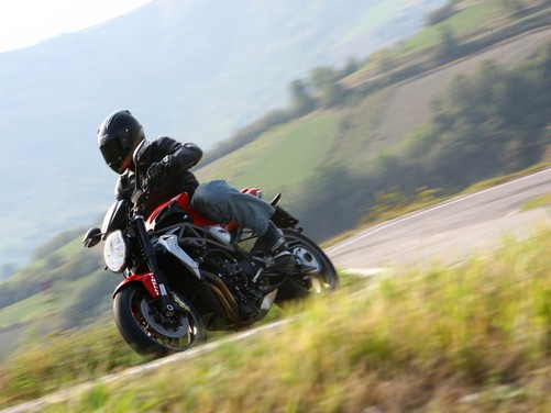 MV Agusta Brutale 1090 RR – Long Test Ride - Foto 5 di 8