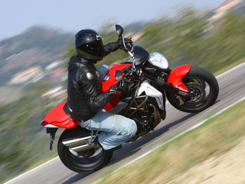 MV Agusta Brutale 1090 RR – Long Test Ride - Foto 7 di 8