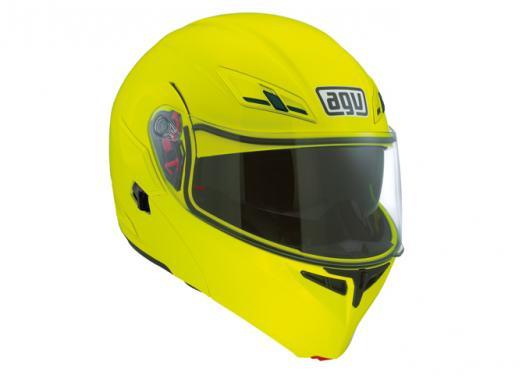 Numo, il nuovo casco AGV giallo fluo - Foto 1 di 3