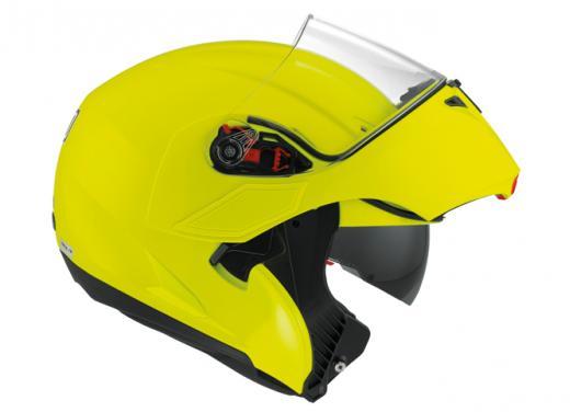 Numo, il nuovo casco AGV giallo fluo - Foto 2 di 3