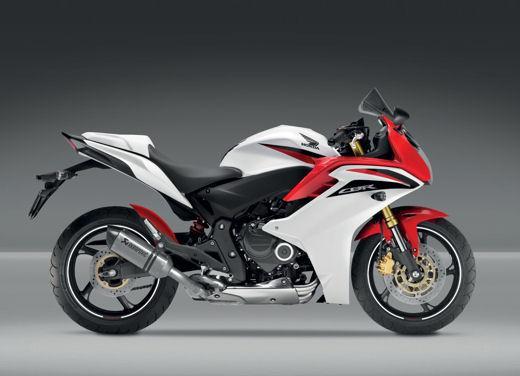 Nuova Honda CB500X in anteprima il 17 e 18 maggio nelle concessionarie ufficiali - Foto 2 di 7